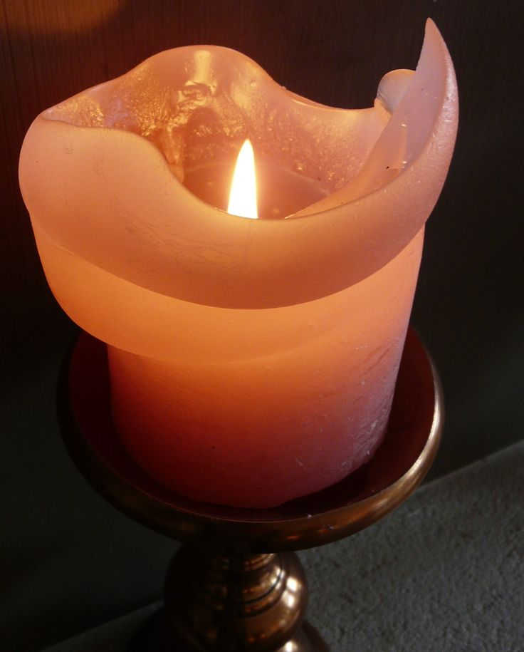 Vuur is de passie. Het is een kaars, de open haard. Maar ook alle vurige kleuren zoals rood, roze, oranje.
