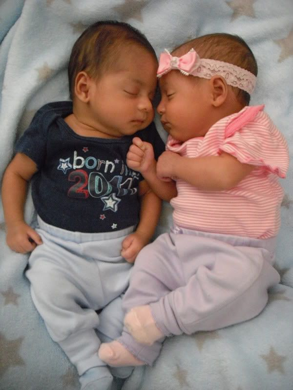 BIRACIAL Twin BABIES | my twins are black and salvadorean ...