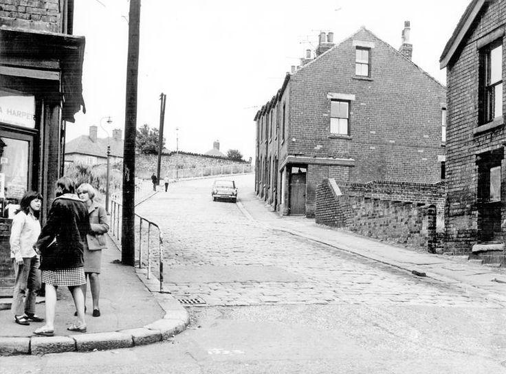 Looking up Heeley Green towards Myrtle rd in 1966.