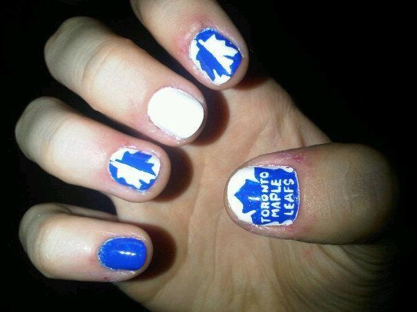 Toronto Maple Leafs Nails... love the split colors