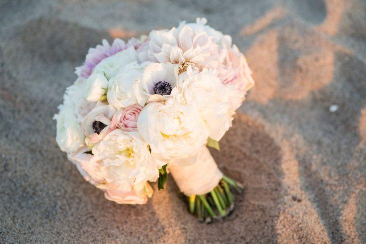 pure lavish events | beach wedding | malibu wedding | sand ceremony | lavender wedding | black and purple wedding | katrina jayne | wedding bouquet | art with nature |