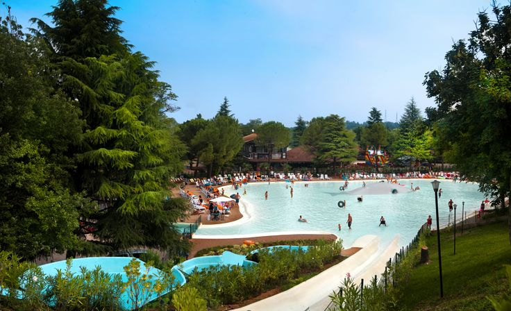 Camping Altomincio Family Park - Lake Garda - Gardameer - Italy - Italië #Vacansoleil # Spectacular # Pool #Water #Slide #Adventure #Camping #Holiday #Vacation #Summer #Spring #Europe