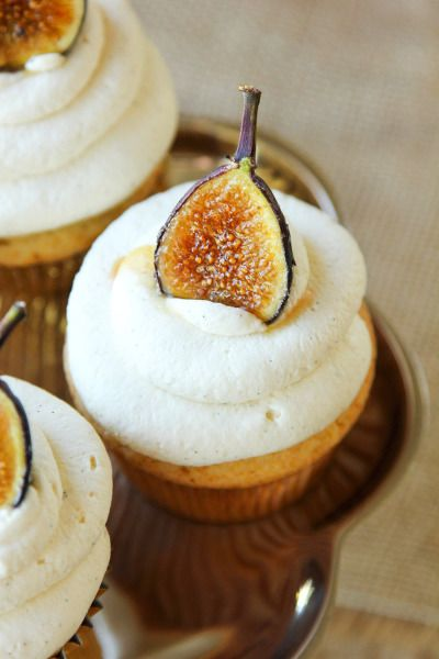 honey cupcakes with mascarpone frosting and caramelized figs