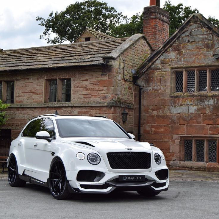 Onyx Bentley Gtx 700: Glacier White Onyx GTX 4x4 #bentayga . Always Nice To Do