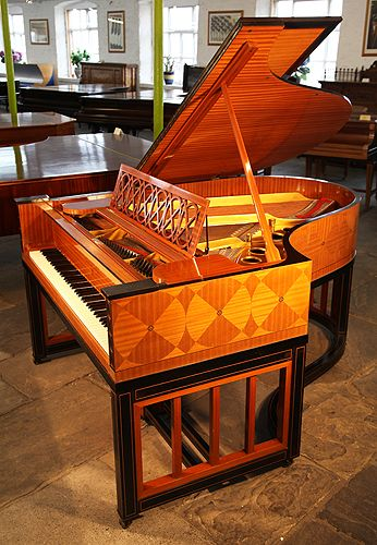 A 1914, Steinway Model O Grand Piano For Sale with a Satinwood and Ebony Case. Cabinet Features a Trompe D'oeil Effect in Inlaid Geometric Shapes  at Besbrode Pianos
