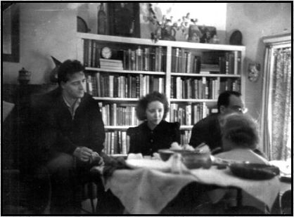 Poet Kenneth Patchen with Anais Nin, Unidentified man and Virginia Admiral, Cafe Reggio, MacDougal St, Greenwich Village, New York City (1940)