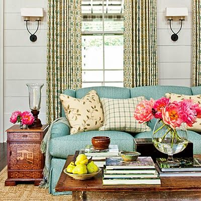 This Southern Farmhouse In Nashville Tennessee Is Designed Built And Decorated By Livings