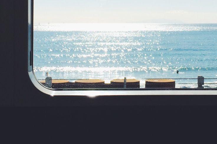 江ノ電の車窓。