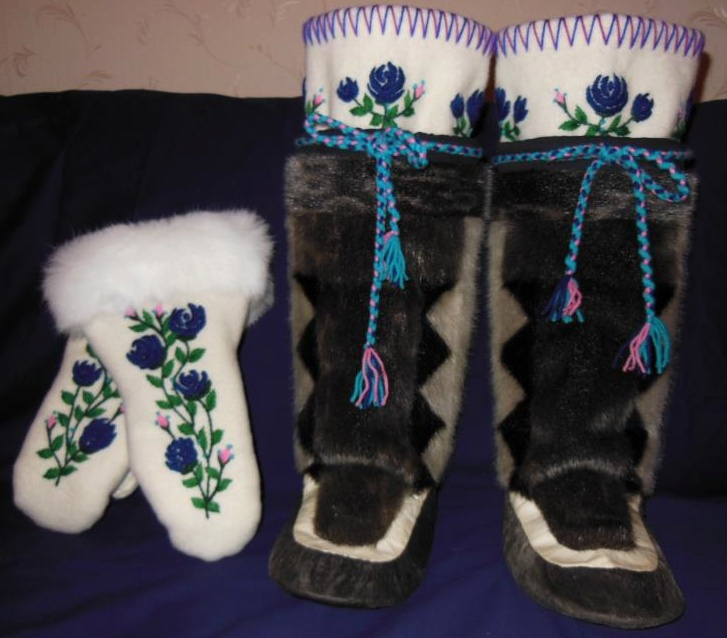 Inuit made sealskin kamiks & matching mitts byt Annie Bowkett SOLD for $880