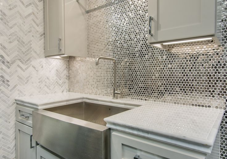 Reflective Metallic Kitchen Backsplash Tile Stainless
