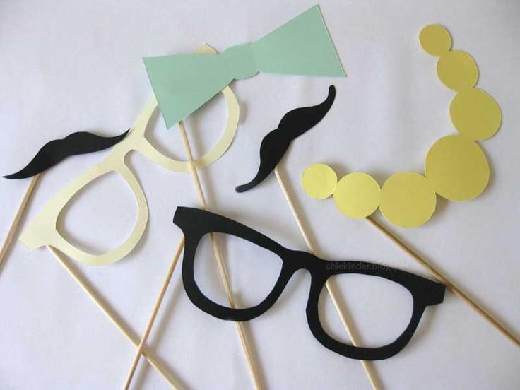 Briller og bart