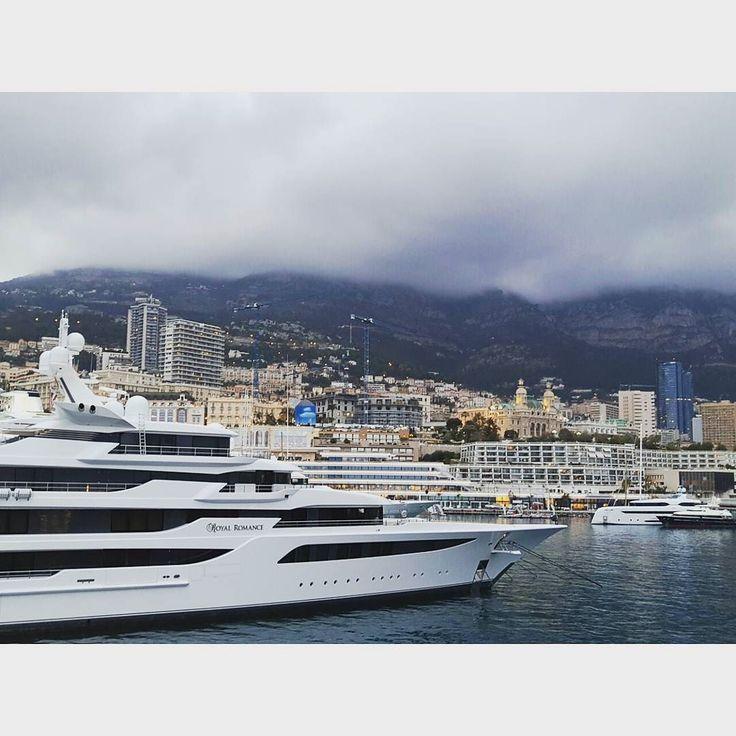 "#PortHercule Возьму мелодию Дорна ,заменю одно слово и спою песню "" люблю я лодки"" by tarasmaliarevych from #Montecarlo #Monaco"