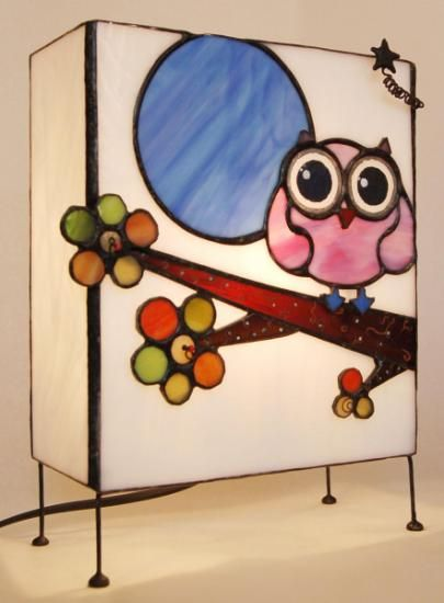 Lámpara de sobremesa de vidrio con búho rosadito