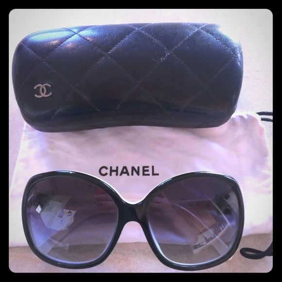 Chanel sunglasses **SALE today ONLY 2/5/16** Black and white Chanel sunglasses. Slight signs of wear on ear area. CHANEL Accessories Sunglasses