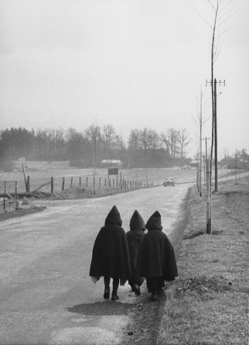 WILLY RONIS  To school 1959