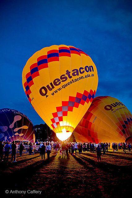 Canberra Balloon Spectacular 2013