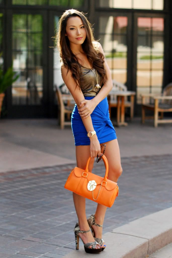 6 Ways to Style Your Neon Skirts