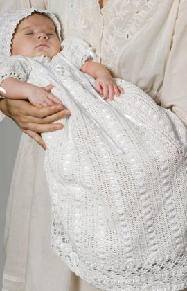 Heirloom Baby Set free crochet pattern