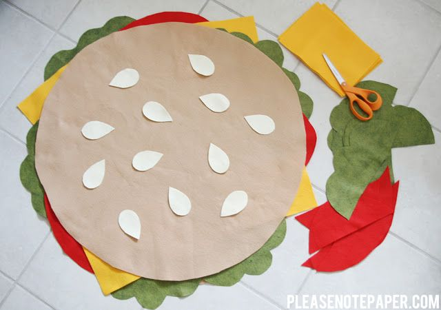 DIY: No-Sew Burger Costume