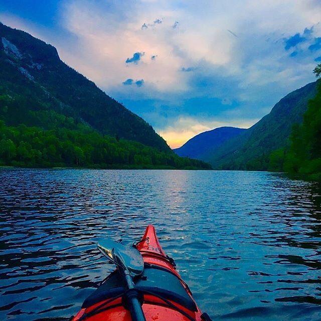 Découvrir Charlevoix en kayak: @openroadtraveler #moncharlevoix #charlevoix #parcnationaldeshautesgorges #hautesgorges #sepaq @reseausepaq #quebec #canada #quebecoriginal #explorecanada #mountains #kayak #kayaking #kayakingadventures #nature #naturelovers #landscape #landscapes #travel #traveling #travelgram #instago #vacation #summer #worldcaptures #beautifuldestinations #passionpassport #worldplaces #meettheworld #river