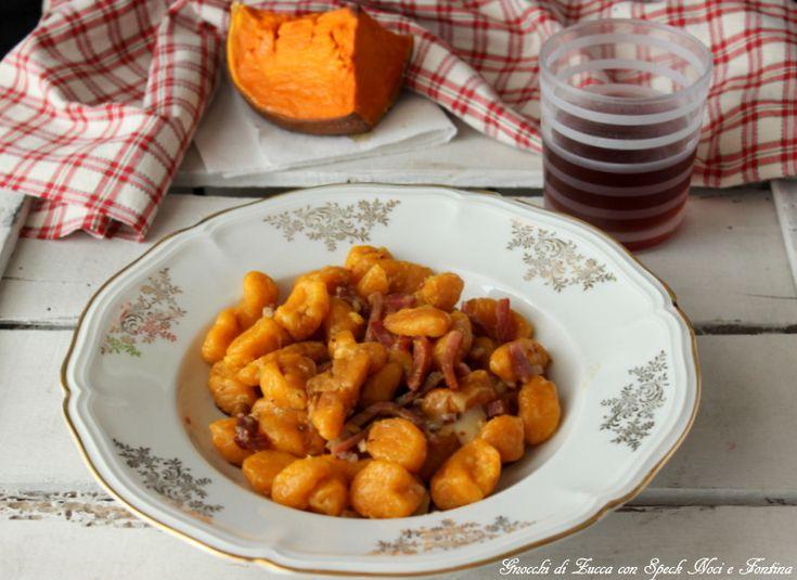 Gnocchi di zucca con speck,noci e fontina http://www.ungiornosenzafretta.ifood.it/2015/10/gnocchi-di-zucca-con-specknoci-e-fontina.html