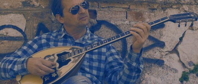 Πρόσκληση - Παρασκευή 5 ΦΕΒΡΟΥΑΡΙΟΥ 2016 συμμετοχή: Γιώργος Ρόκας παραγωγή: ΡΑΚΟΥΝ (Νικολαΐδου 66, Ελευσίνα) σκηνοθεσία: ΠΑΝΤΕΛΗΣ ΛΑΔΑΣ εκτέλεση παραγωγής: LDSPRO (http://ldspro.net)