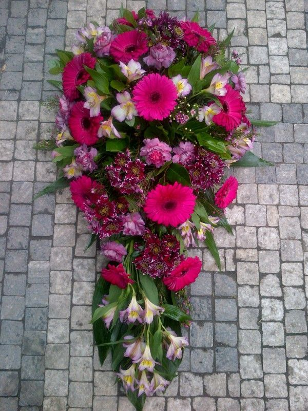 Funeral Flowers Purple - Gerbera, Eustoma, Chrysanthemum, Alstroemerie
