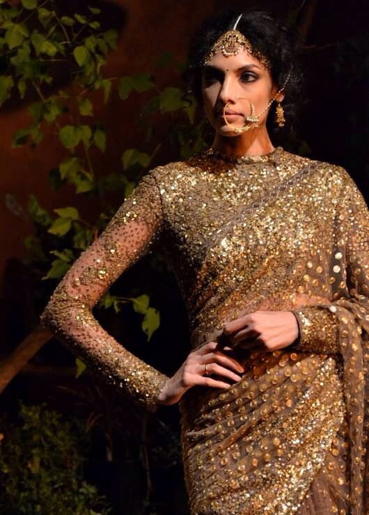 Lovely sparkley gold outfit