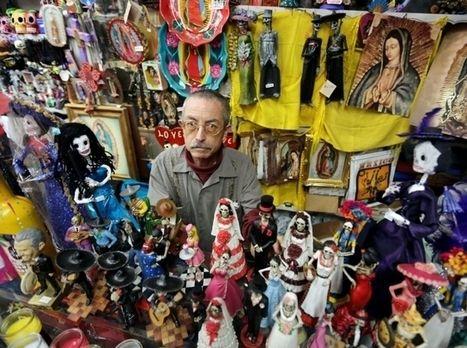 Comerciantes de la Placita Olvera salvan Día de los Muertos - La Opinión | Dia de los muertos | Scoop.it