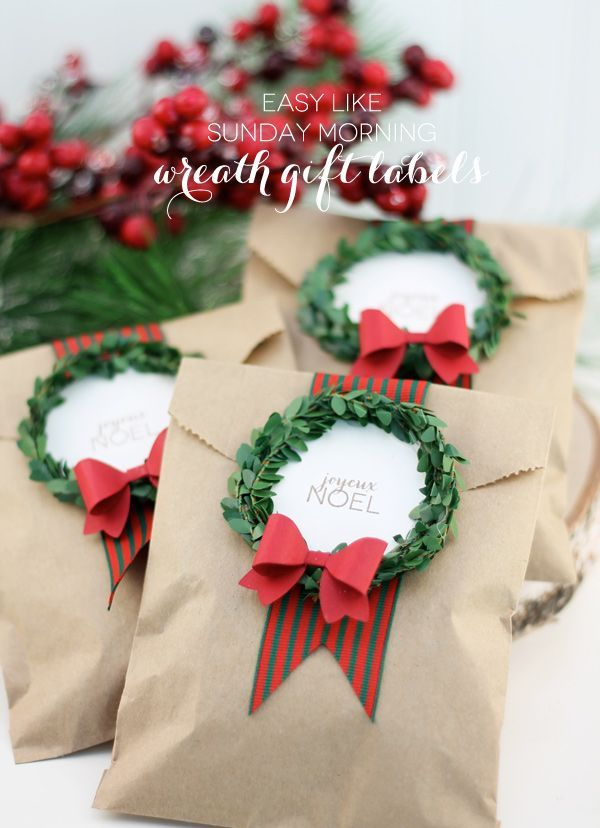 Think out of the box with those Christmas treats. Recreate a simple brown envelope by adding mini wreaths and messages on top for a more personal touch.