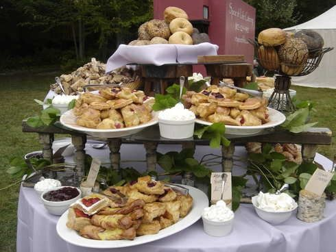Round Buffet Table Food Tablescapes Pinterest Food
