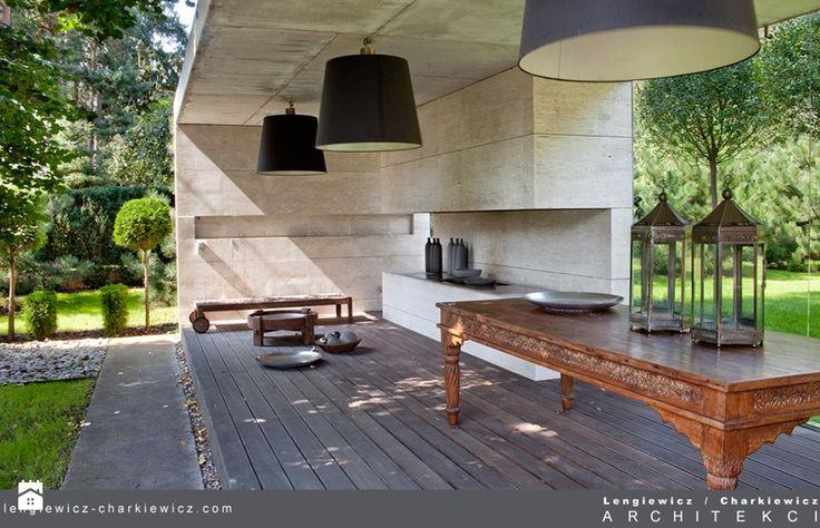Projekt ogrodu dla znanej projektantki mody. Ogród - zdjęcie od Lengiewicz-Charkiewicz Architekci