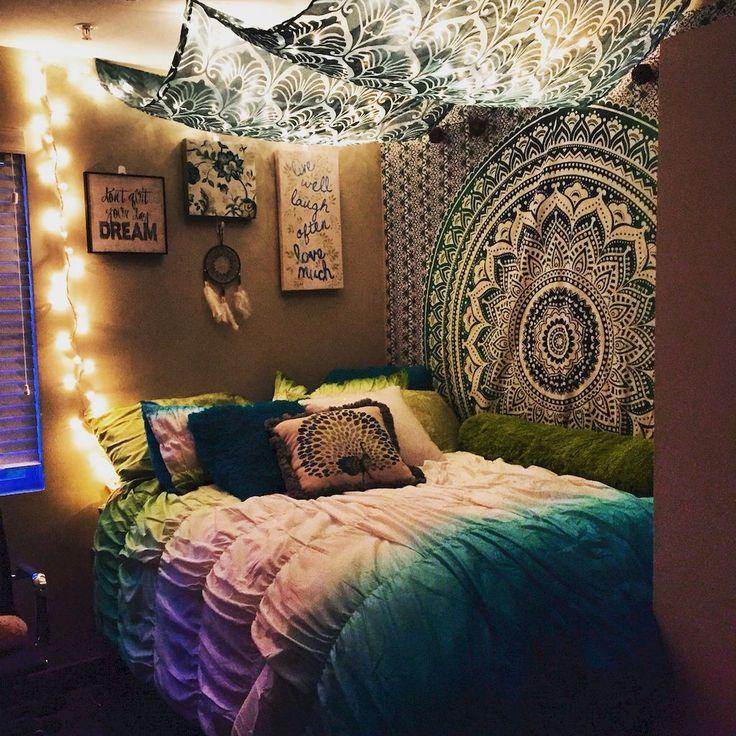 elegance chic bohemian bedroom design ideas 49 - Bohemian Bedroom Design