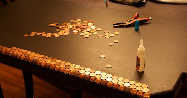 Ak neviete, čo s drobnými pozrite si tento kreatívny nápad a návod na centový stôl resp. stôl, ktorého povrch pokrývajú stovky mincí. Urob si sám, handmade