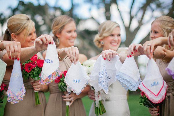 vintage handkerchiefs monogrammed for each bridesmaid #wedding