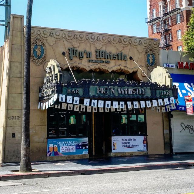 Pig N Whistle A 1920 S Hollywood Pub Is Currently Offering Takeout And No Contact Delivery Thegreatlacatakeout In 2020 Pig N Whistle Whistle Pub