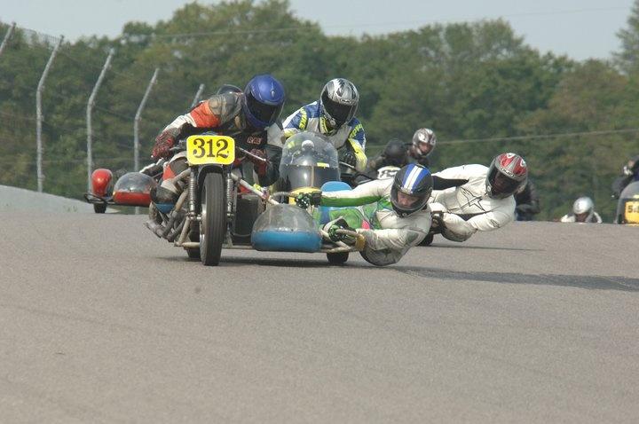 Side car racing
