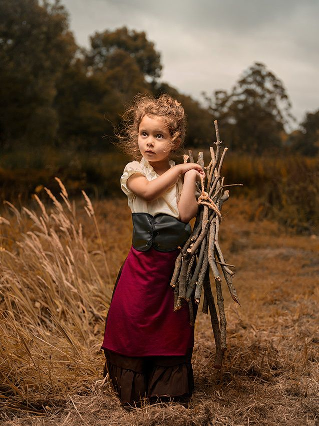 Field Day-bill gekas - Bill Gekas, photographe, a eu la belle idée de s'inspirer de tableaux classiques de grands maîtres et a mis sa fille de 5 ans au centre des ses oeuvres.