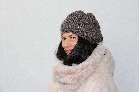 cappellino cappello berretto lana uncinetto di PaolaCollection