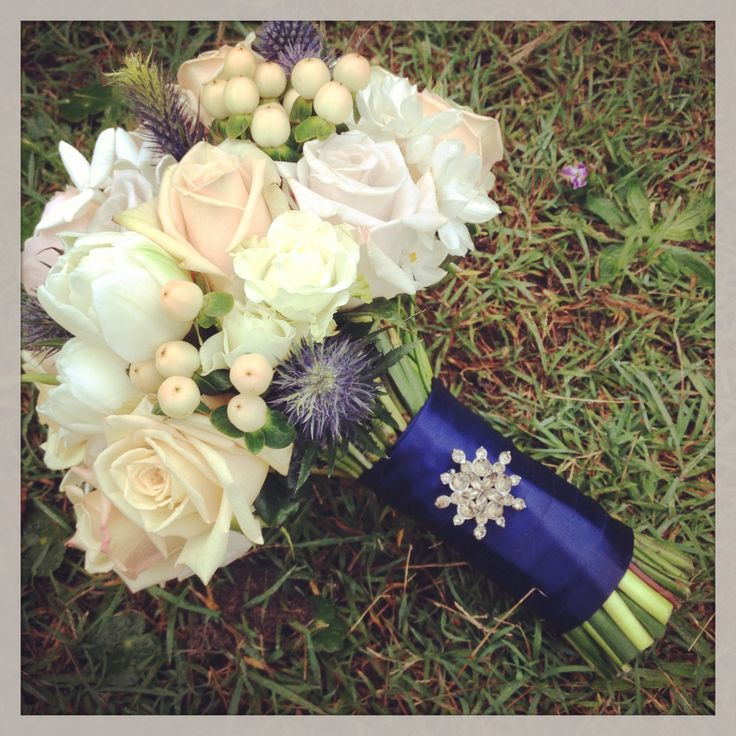 Vintage bouquet with broach detail.