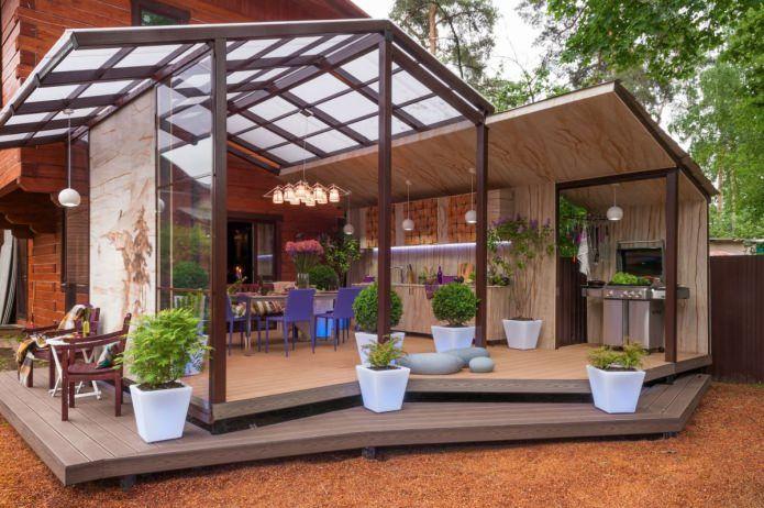 Дизайн террасы в частном доме в Подмосковье