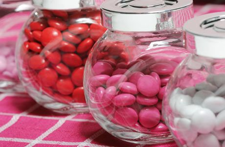 Budget-friendly Valentines centerpiece ideas