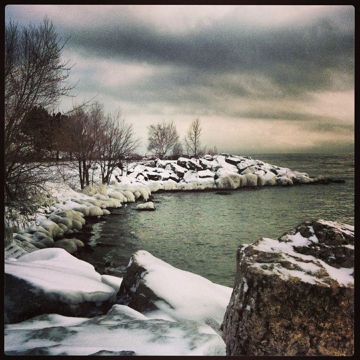 Scarborough Bluffs winter photography