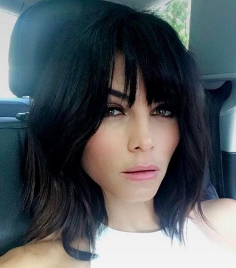 Jenna Dewan Tatum debutedsome faux bangs on her Instagram and revealed she took inspiration from modelHelena Christiansen for her new look. Her hairstylist Kristin Ess achieved the look byrazored the temporary bangsinto a soft shag with an A-line base.