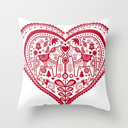 Beautiful Swedish heart design. The Swedes really seem to use hearts to their best advantage!