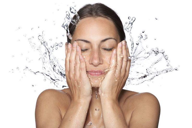 Beautytip: 'Je gezicht te veel scrubben, kan je huid serieus schaden'