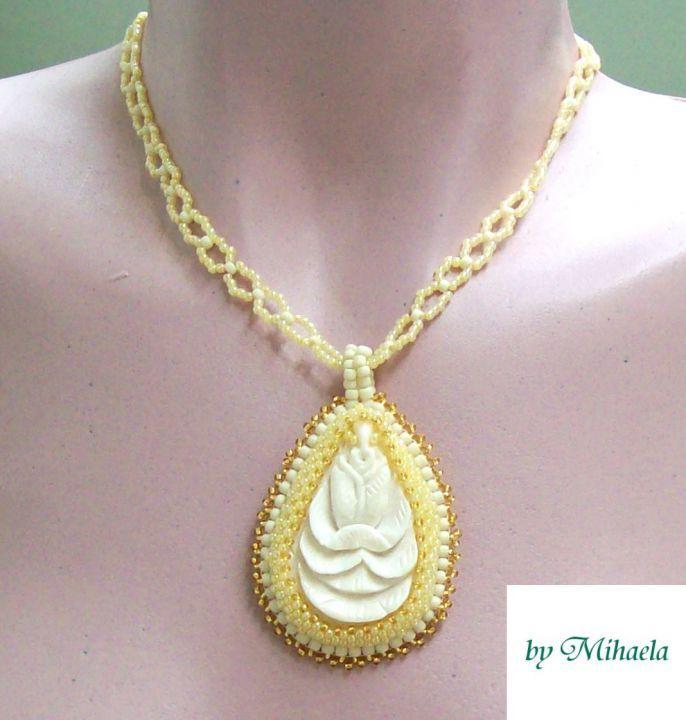 69 LEI | Pandantive handmade | Cumpara online cu livrare nationala, din Braila. Mai multe Bijuterii in magazinul Puritate pe Breslo.