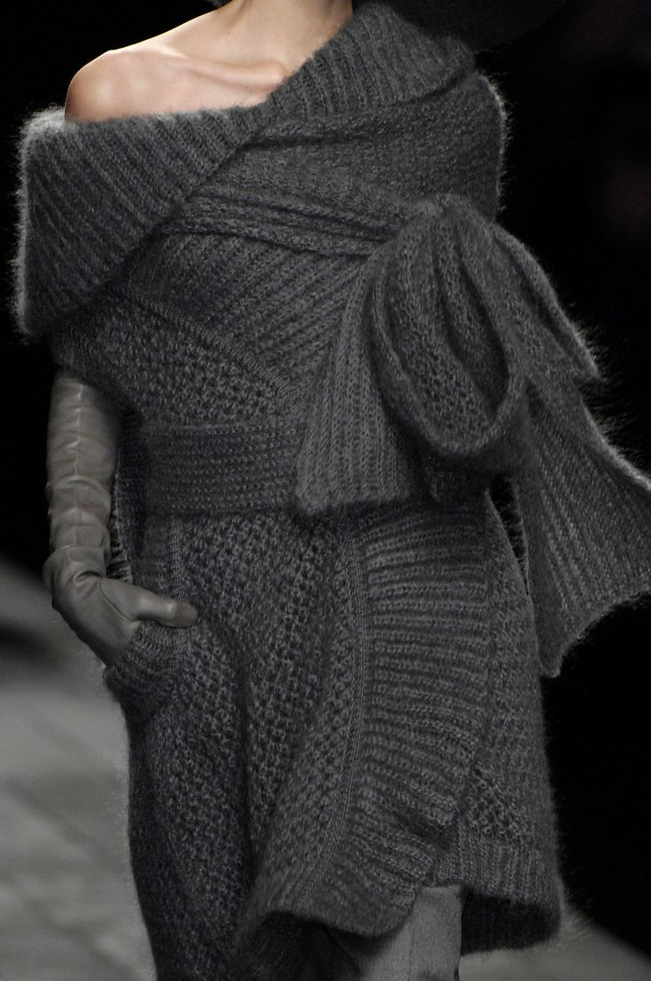 Sonia Rykiel at Paris Fall 2007 (Details)
