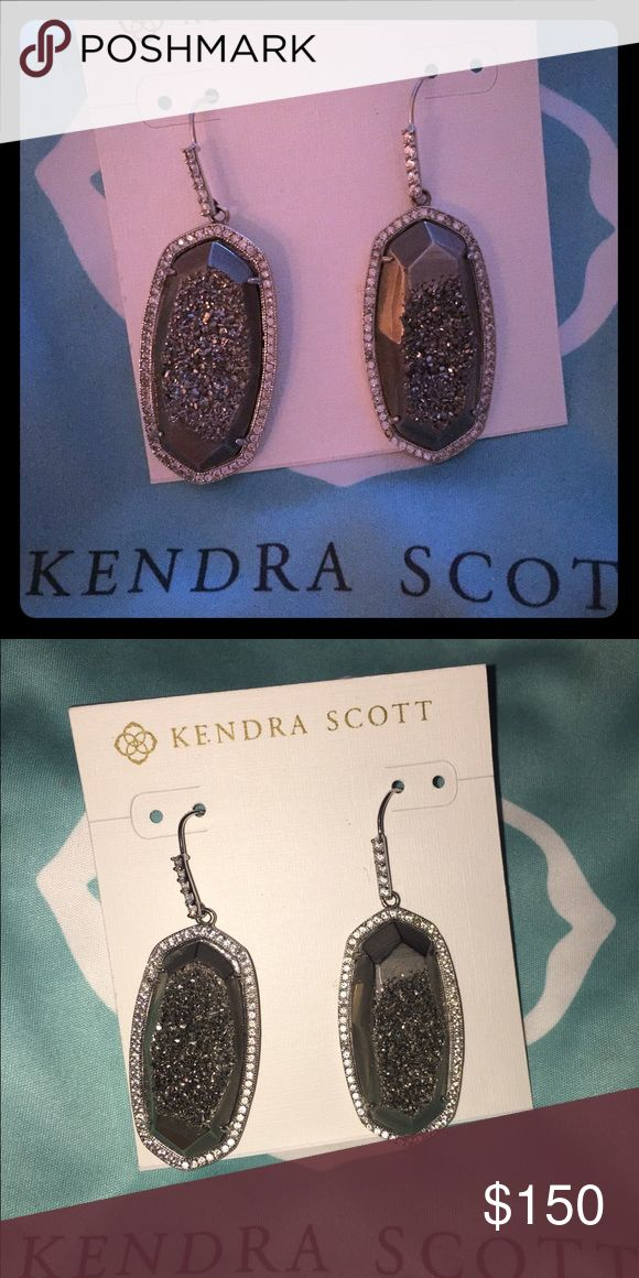 Kendra Scott Platinum Drusy Ellen Like new Kendra Scott platinum drusy Ellen Luxe earrings silver/ rhodium Kendra Scott Jewelry Earrings