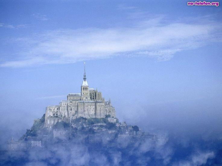 Chmura, Zamek, Francja